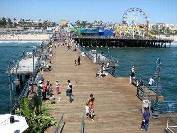 Los angeles tourist attractions for California beach vacation spots